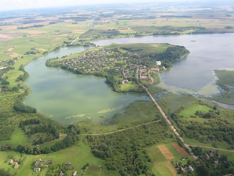 http://www.paragliding.lt/images/stories/2007/zenia01.jpg